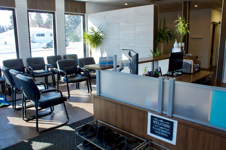 Chiropractic Calgary AB Front Desk